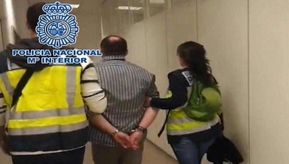 Detención en el aeropuerto de Barajas de Arthur Budovsky