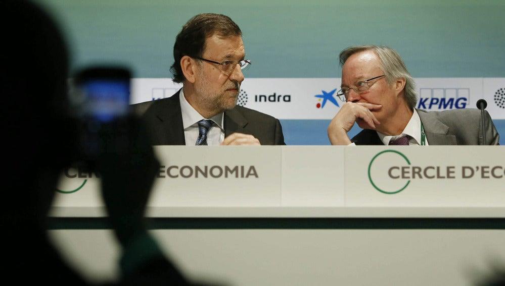Mariano Rajoy y Josep Piqué en la clausura de la Reunión del Círculo de Economía
