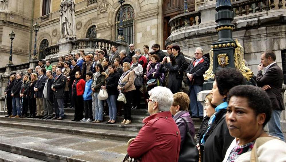 Rechazo en Bilbao por las asesinatos del falso monje Shaolin