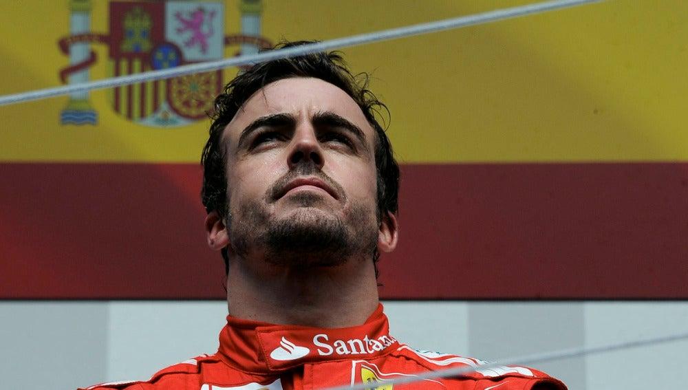 Alonso en el podio de Montreal
