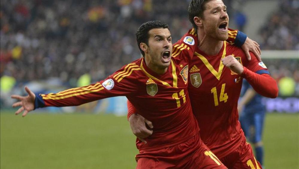 Pedro celebra un gol de la selección