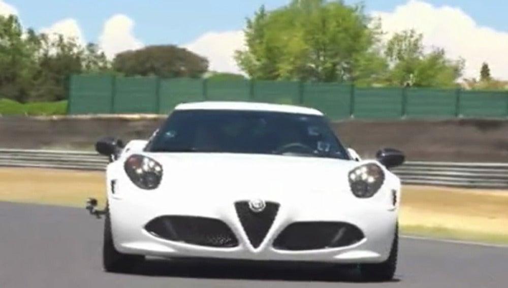 Marc Gené al volante del Alfa Romeo 4C