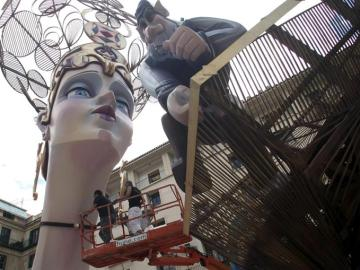 Monumento de las Hogueras de San Juan en Alicante