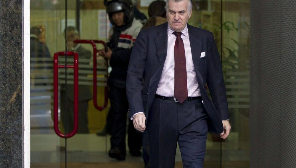 Luis Bárcenas a la salida de la Audiencia Nacional