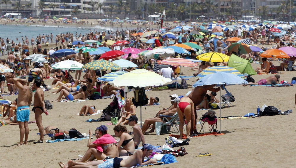 Altas temperaturas en una playa