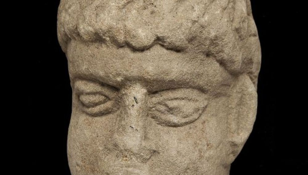 Cabeza romana encontarda
