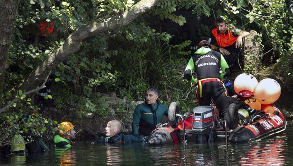Recuperan el cadáver del niño desaparecido en un río de Asturias