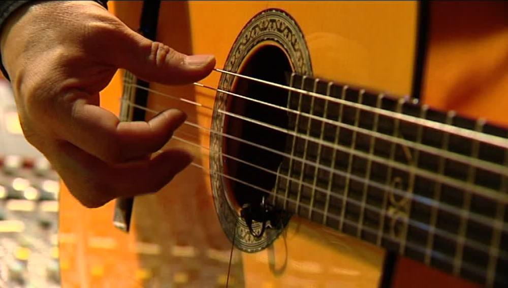 La guitarra del futuro, una revolución para componer en cualquier momento
