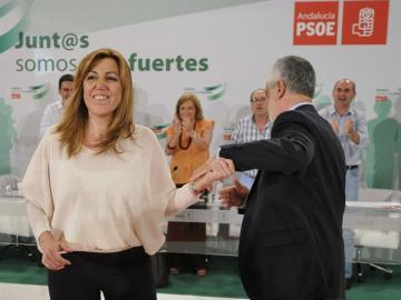 José Antonio Griñán da el relevo a Susana Díaz.