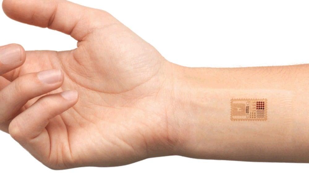 Diseñan una 'piel electrónica' que pesa menos que una pluma
