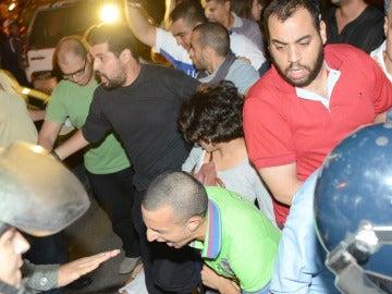 Protesta contra la liberación de un pederasta en Rabat