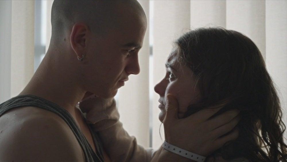 Lleó y Cris se despiden con un te quiero