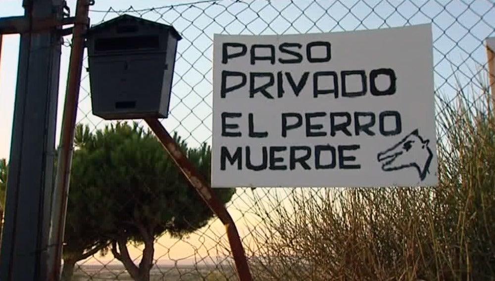 Cuatro heridos por una escopeta de perdigones en una finca de Arroyomolinos