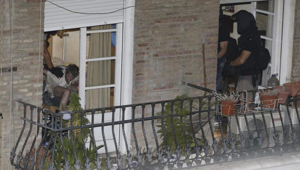 Detenido el hombre atrincherado en Murcia