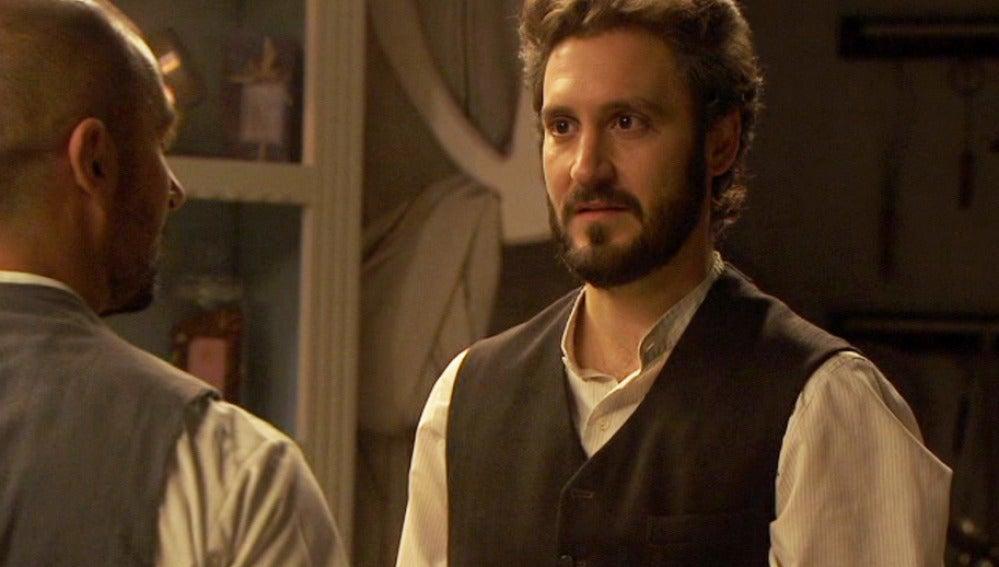 Candela se sincera con Tristán y él se enfrenta a Ricardo