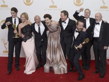 El reparto de 'Breaking Bad' celebra sus Emmy