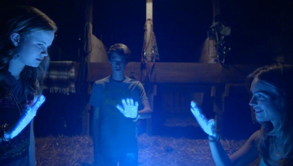 Norrie, Joe y Angie buscarán a la cuarta persona para poder contactar con la cúpula pequeña