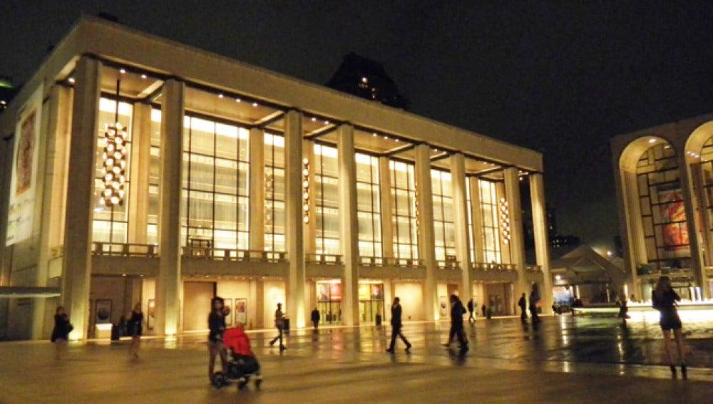 Fachada de la City Ópera de Nueva York.