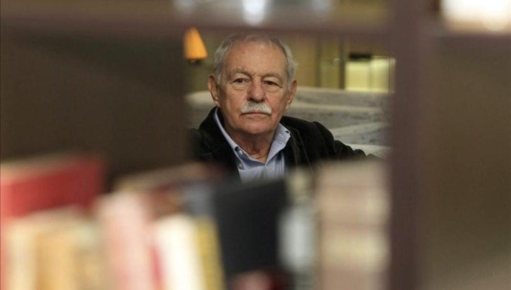 Eduardo Mendoza, premiado en Liber