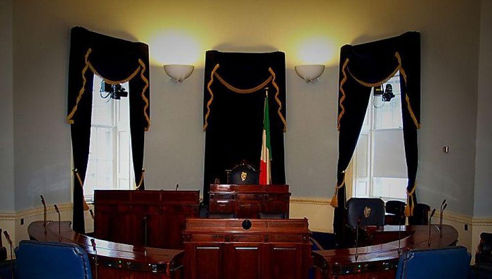 La cámara baja irlandesa continuará con sus funciones