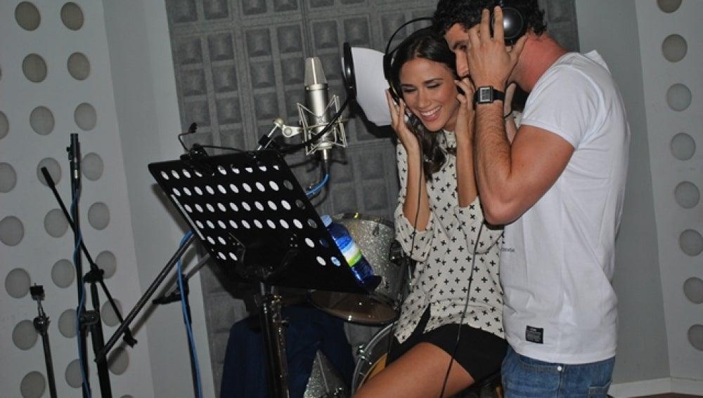 Gema y Miguel grabando juntos un single