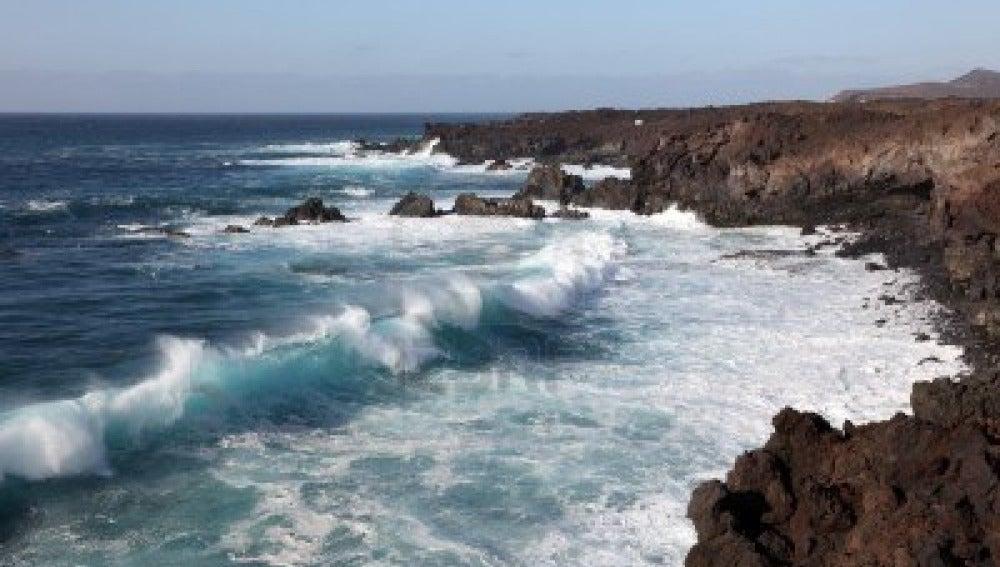 Obtienen energía eléctrica procedente de las olas del mar