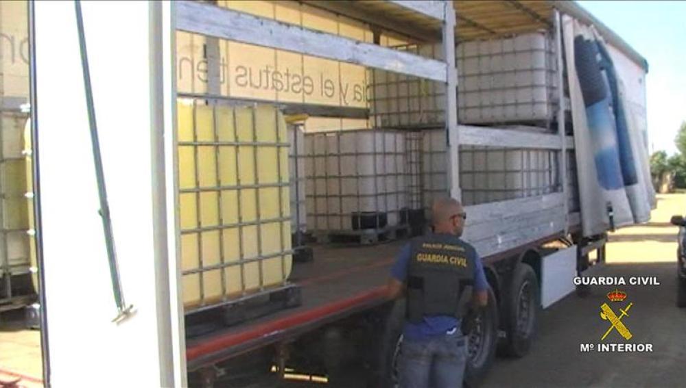 En la operación se han incautado siete vehículos y 6.500 litros de gasóleo
