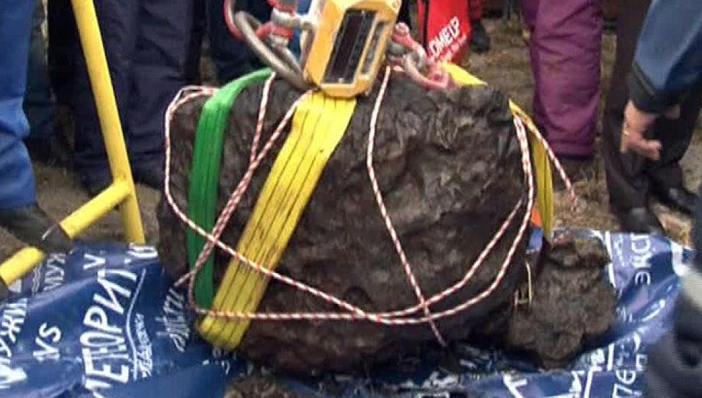 El fragmento del meteorito encontrado en Rusia