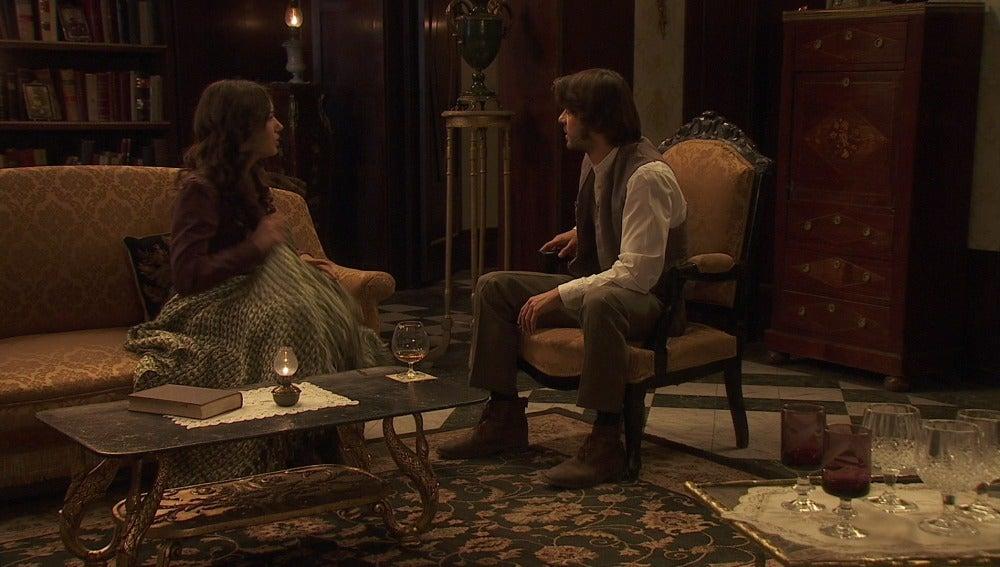 Gonzalo y Aurora oyen gritar a Candela