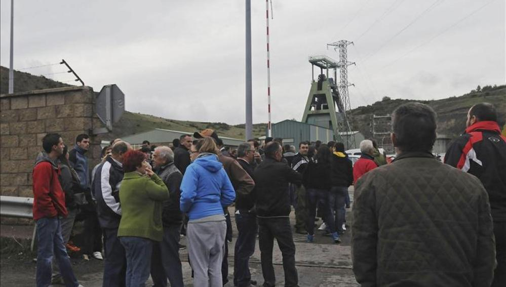 Al menos seis muertos por un escape de gas en una mina en León