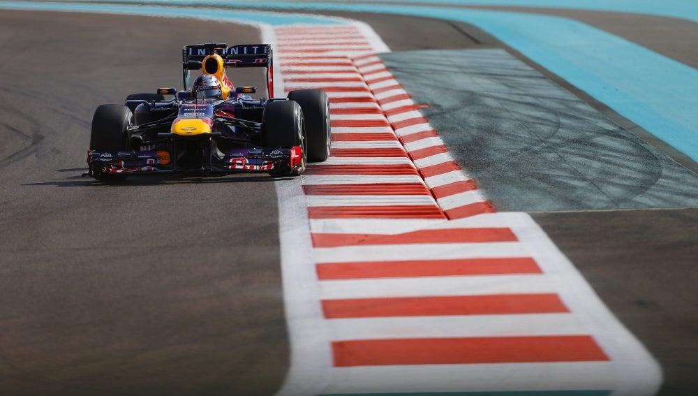 Vettel rueda en Abu Dabi