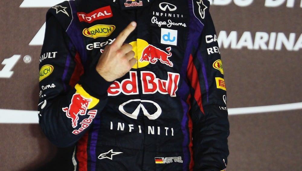 Vettel vence en Abu Dabi
