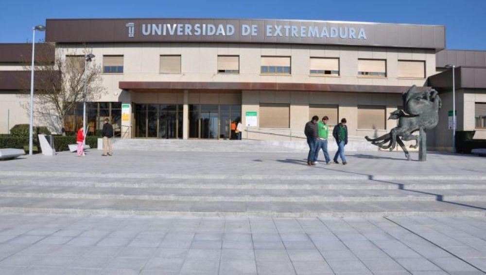 Extremadura asumirá el coste de la beca Erasmus que el Gobierno central ha retirado