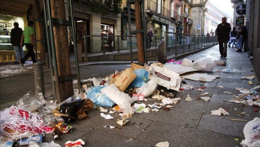Basura en el centro de Madrid.