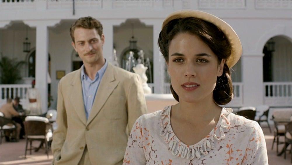 Marcus invita a Sira a la recepción
