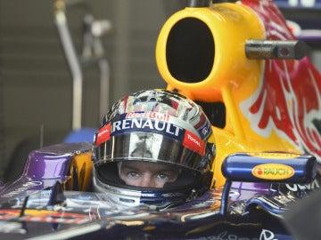 Vettel, en el cockpit del RB9