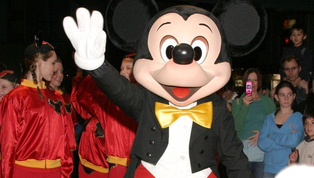 Mickey Mouse cumple años