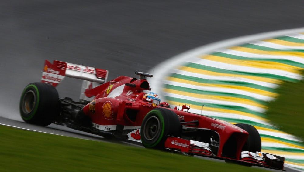 Alonso, a bordo del F138