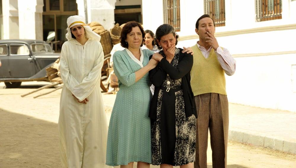 La despedida de Candelaria, Jamila, Félix y su madre