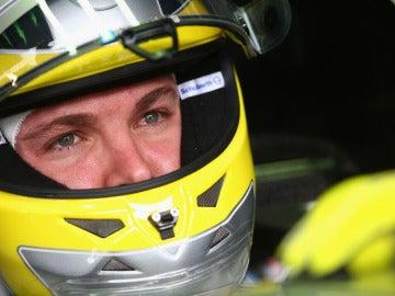Nico Rosberg, con gesto concentrado