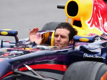 Webber conduce sin el casco