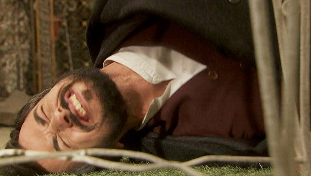 Fernando le pega una paliza a Olmo