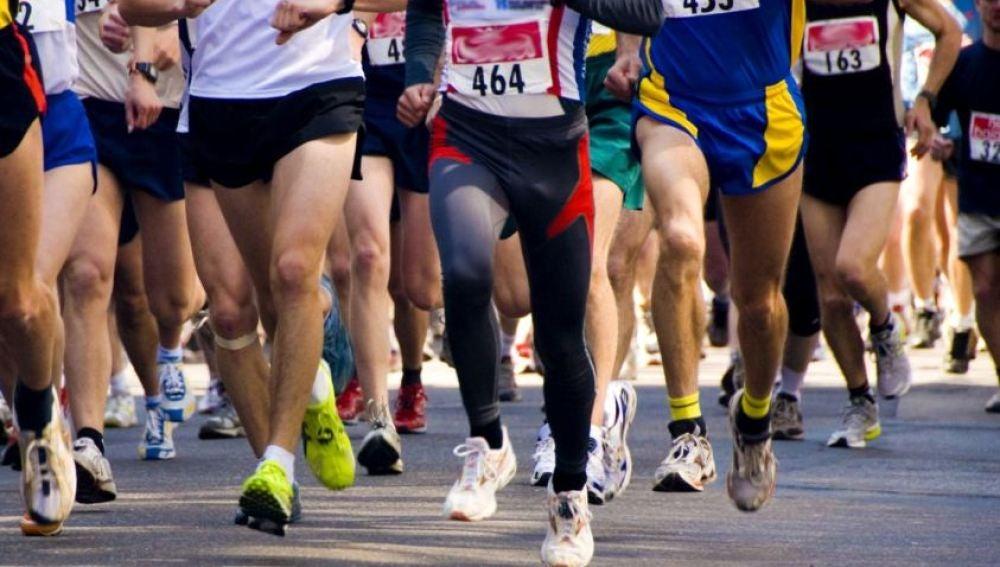 Varias personas corriendo