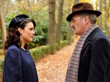 Sira habla con su padre