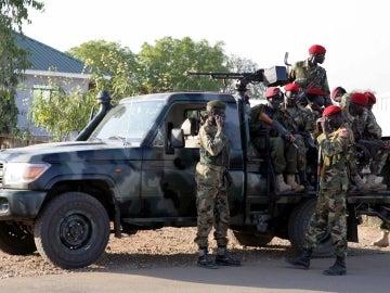 Un avión estadounidense fue alcanzado por disparos mientras realizaba tareas de evacuación en Sudán del Sur