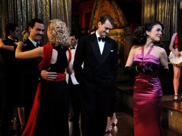 Da Silva, Rosalinda, Marcus y Sira juntos en una fiesta