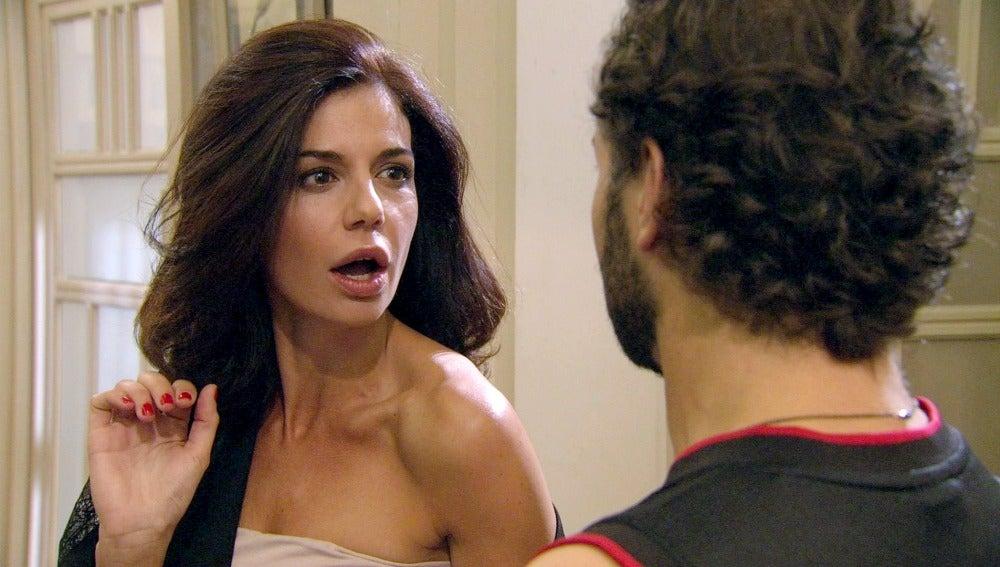 Norma le pide una audición privada a Alfredo