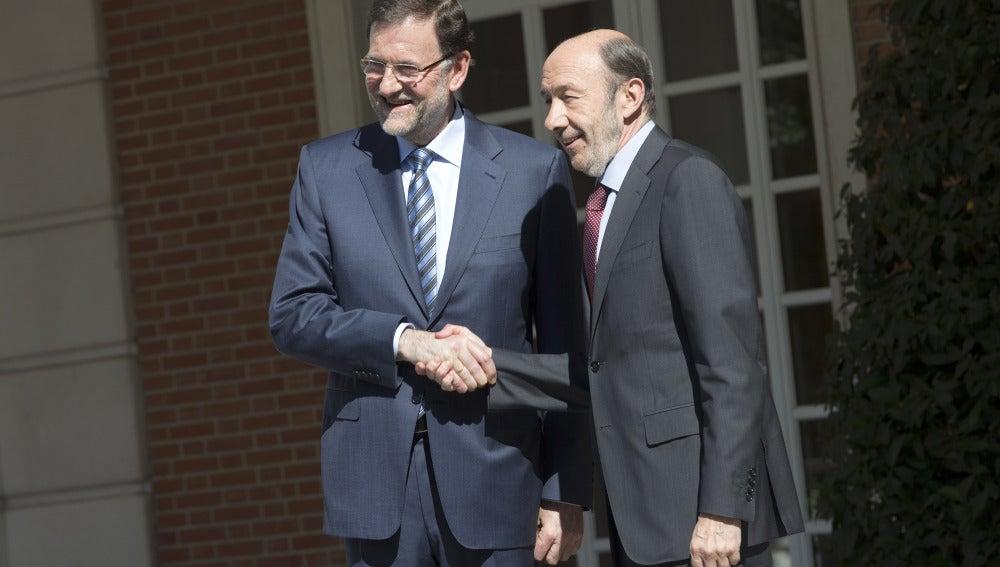 Los dos líderes políticos Mariano Rajoy y Alfredo Pérez Rubalcaba.