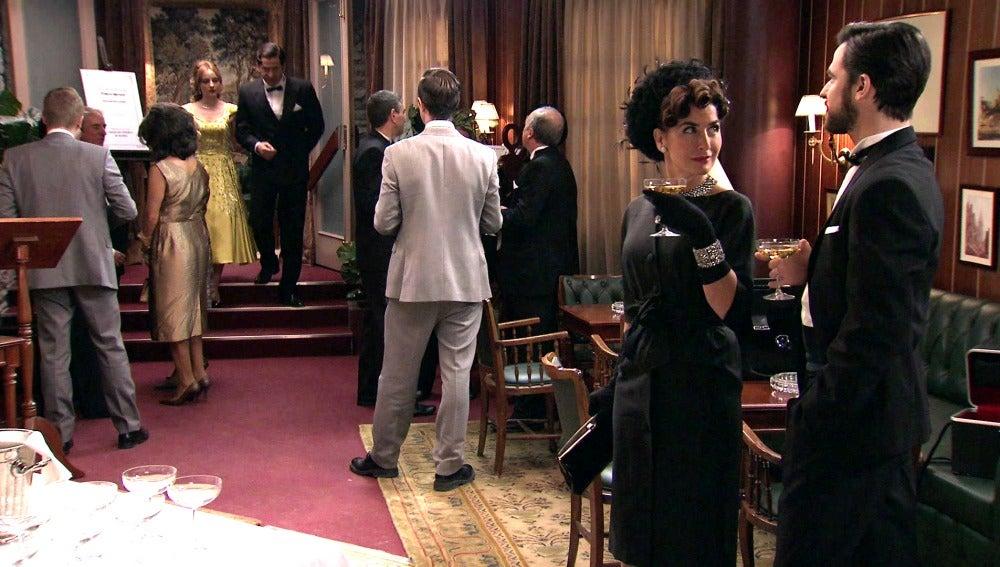Elena y Diego contra Valeria y Augusto