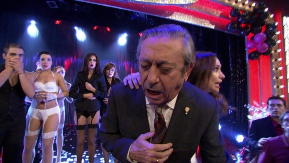 José Luis sufre un infarto en el escenario del cabaret